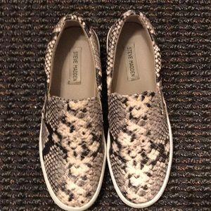 Steve Madden Gills Snakeskin Shoes